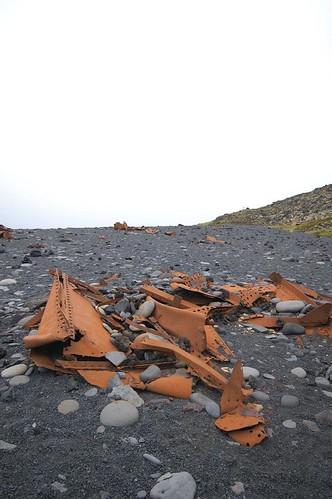 Beach,_shipwreck_@_Djupalonssandur,_Iceland.jpg