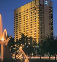 ADLHITW_Hilton_Adelaide_home_left