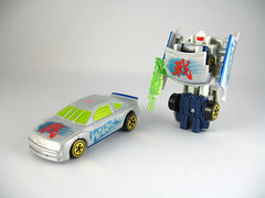 Car Robots Super Spychanger W.A.R.S (alt mode and bot mode)