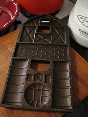 barn cookie mold