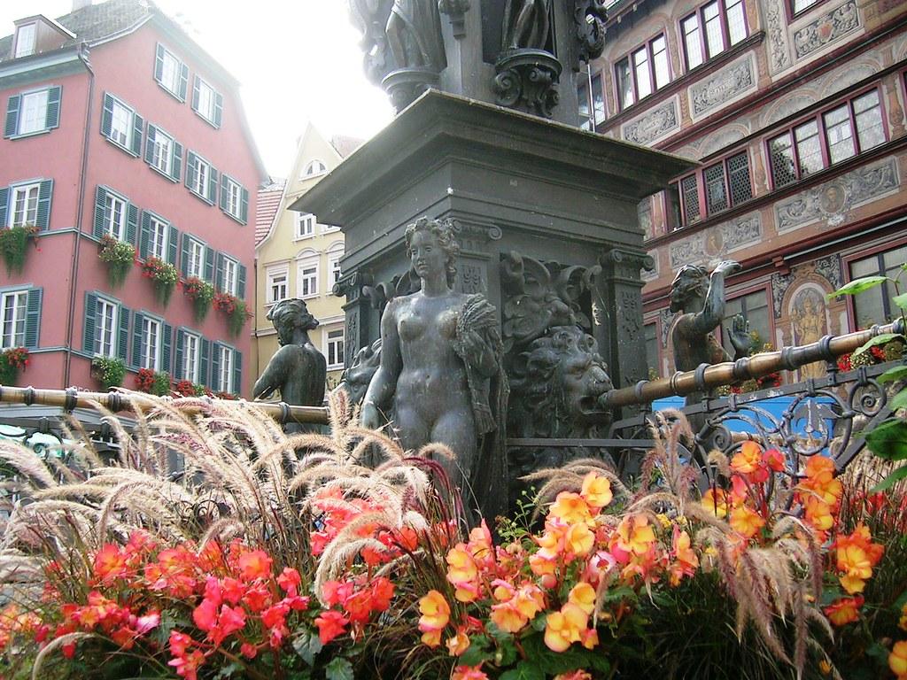 Tübingen - Rathaus fountain