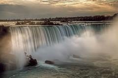 Niagara photo by murphyz