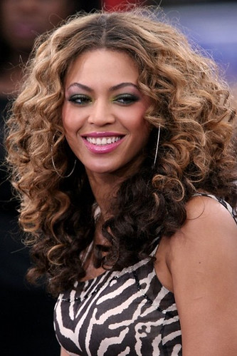 Uniwigs Hairstyle Fabulous Celebrity Ombre Hair Color