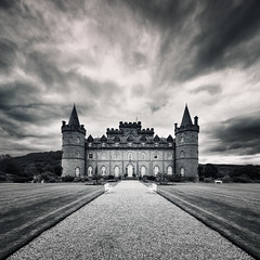 Inveraray Castle photo by Philipp Klinger Photography