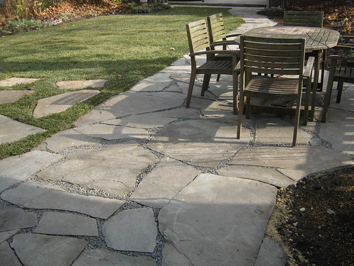 Natural stone patios chicago suburbs digrightin for Pictures of stone patios