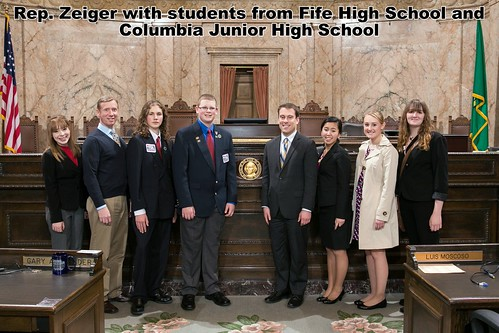 Rep. Zeiger with students from Fife High School and Columbia Junior High School