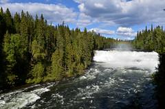 Dawson Falls photo by Ke Imhoff