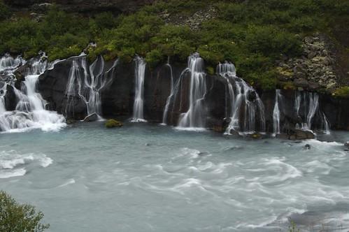 River,_falls_@_Barnafoss,_Iceland_12.jpg