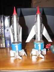 Thunderbird 1s