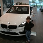 Spot of car shopping<br/>16 Nov 2014