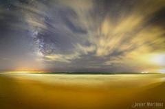 Paso fugaz. Vía láctea playa Atlanterra photo by Javier Martínez Morán
