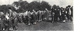 63- 18 juin 45- Le BM 2 quelques instants avant le défilé - Fonds Amiel
