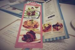 Dazzling café x 微幸福 photo by MizukoFTW