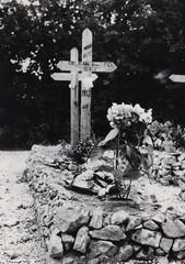 52- 29 juin 45- BM 2- Cimetière de Retaud - Tombe - de Roger Dejean  -Fonds Amiel