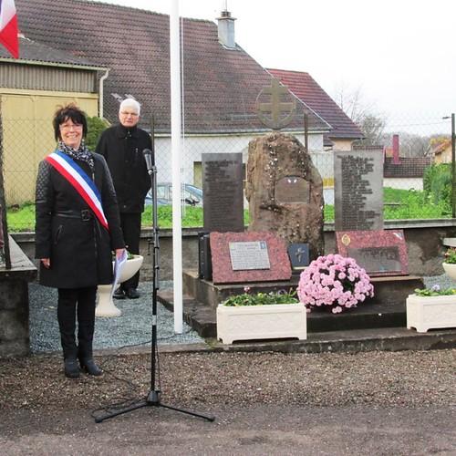 Eboulet- Commémorations novembre 2014 - Stèle du 22 BMNA - Blandine Bongrand Saint Hillier