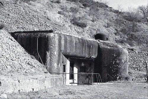 Authion 1945 - Ouvrage du col de Brouisjournal roya bevera 2005 CP José Banaudo