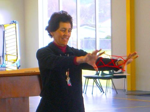Rotorua副校長親自教導毛利文化