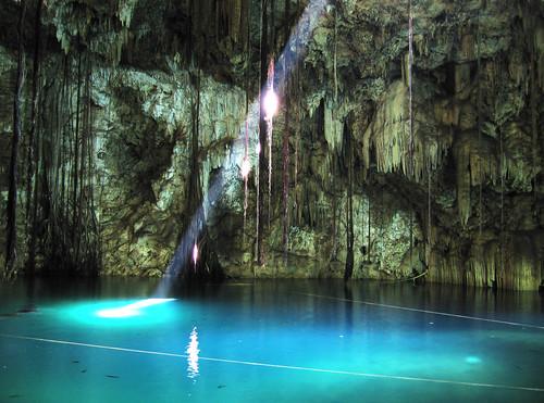 Cenote Dzitnup (Xkakah)