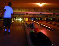 glow bowling 5
