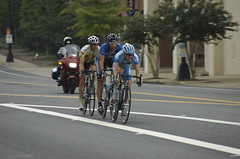 Lead trio enters town