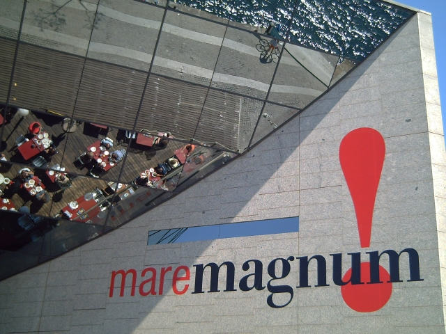 Maremagnum: A Leisure Resort in Barcelona Port