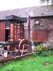 Portable cider still