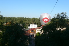 Hot-air baloon at my yard I Gaisa balons sētā