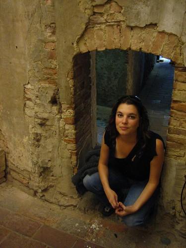 Girlie imprisoned, Palazzo Pretorio
