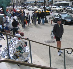 Walking (slowly) to the steps of the Art Institute after the 2006 Chicago Marathon