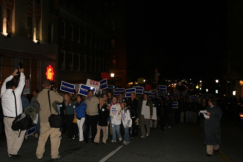 Ned, Family, and Supporters March to New London Debate