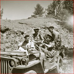 AUthion 1945 - Roger Barberot à gauche - Reconstitution Ecpad