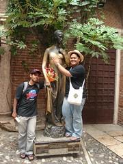 Statue Juliet di Rumah Juliet, Verona, Italy