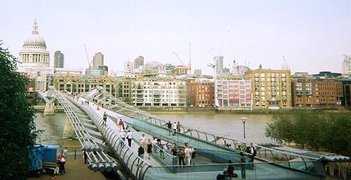 Millenium Bridge from Tate, 1