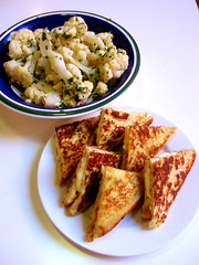 French Toast Sandwich & Cheesed Cauliflower: Final Serve.