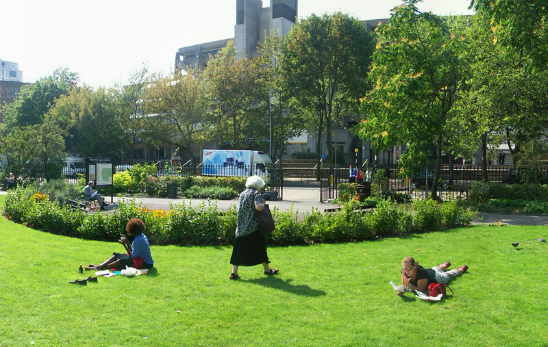 image of Brunswick Square Gardens, next to the Brunswick Centre in Camden