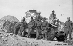 1943-Groupe de spahis Michel Abalan à droite - Famille Abalan