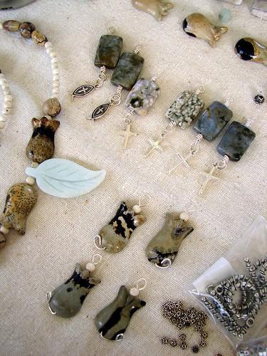 Artistic Jasper Tulip Bead Pieces2