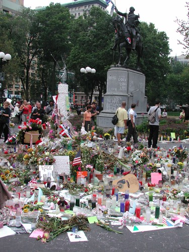 9/11 memorials, Union Square Park, September 24, 2001