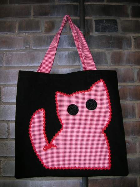 gingham kitty tote