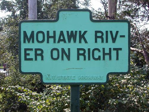 Mohawk Riv-er On Right