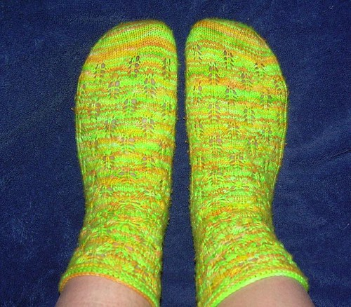 finished elfine socks