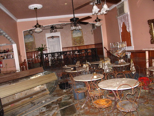 Angelo Brocato's, October 10, 2005 - Inside, the shop