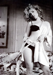 scarlett johansson esquire sexiest woman alive