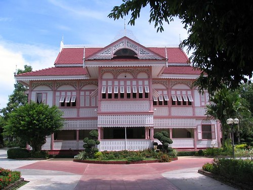 vongburi house2.jpg