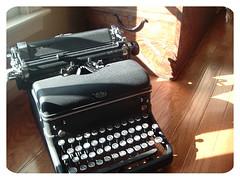 typewriter 03