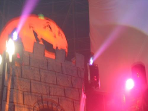 2002-10-27-Spooky1