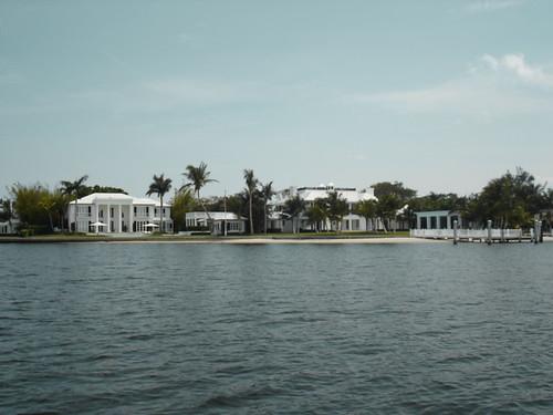 Schmancy houses along the water.