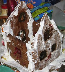 gingerbreadhouse18