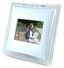eStarling LCD Flickr-enabled Frame