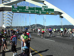 Fremont Bridge during Bridge Pedal 2006